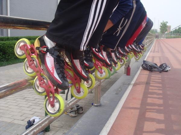【轮滑培训|儿童轮滑培训班|幼儿轮滑培训|轮滑培训